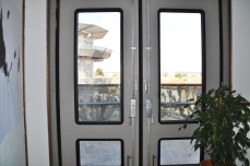 NEMAUSUS_ Going to the balcony